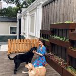 Tăng Thanh Hà ngắm nhìn các con bình yên bên Thú cưng - phụ kiện thú cưng Pet Plaza